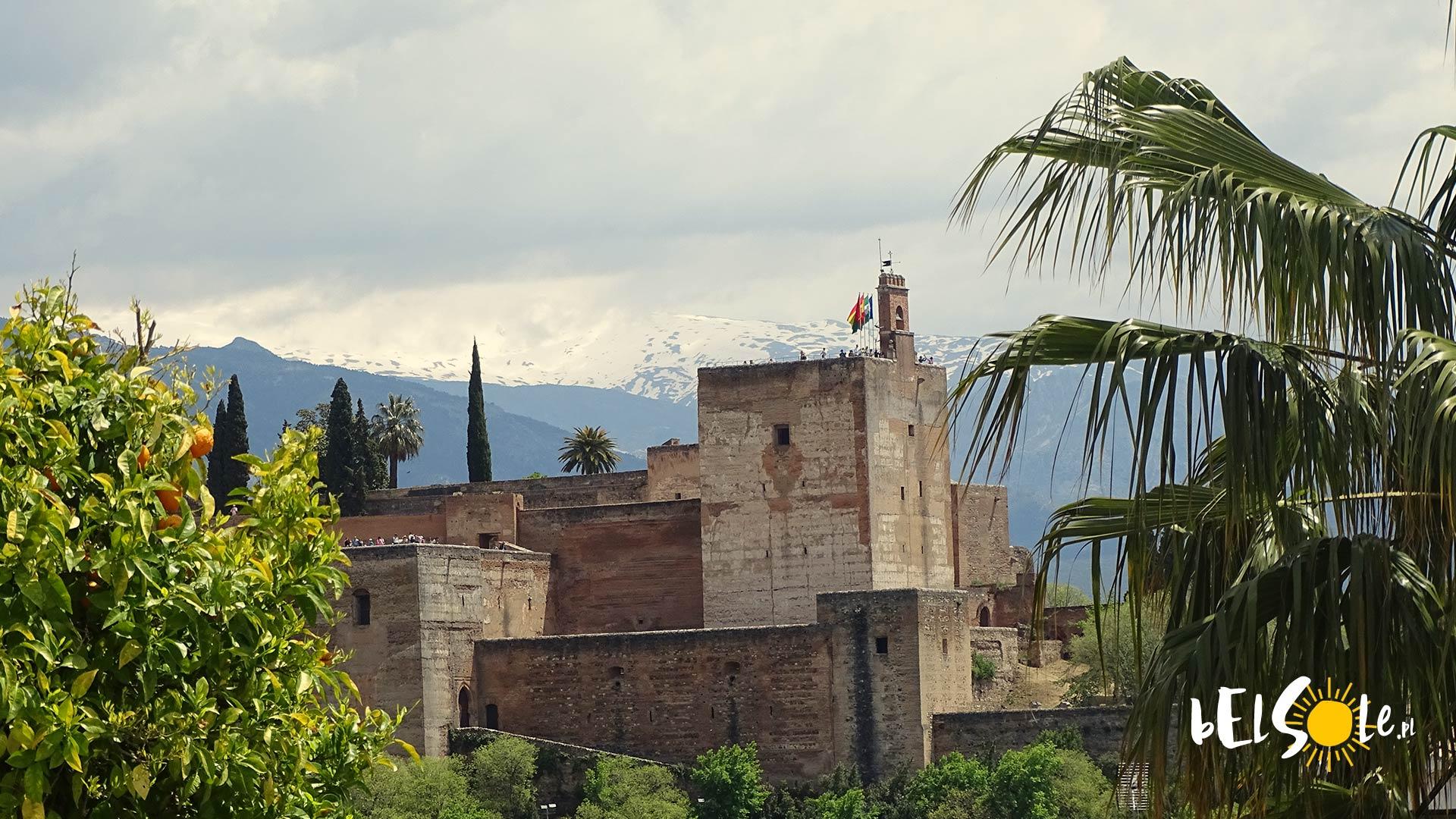 Zwiedzanie Alhambry