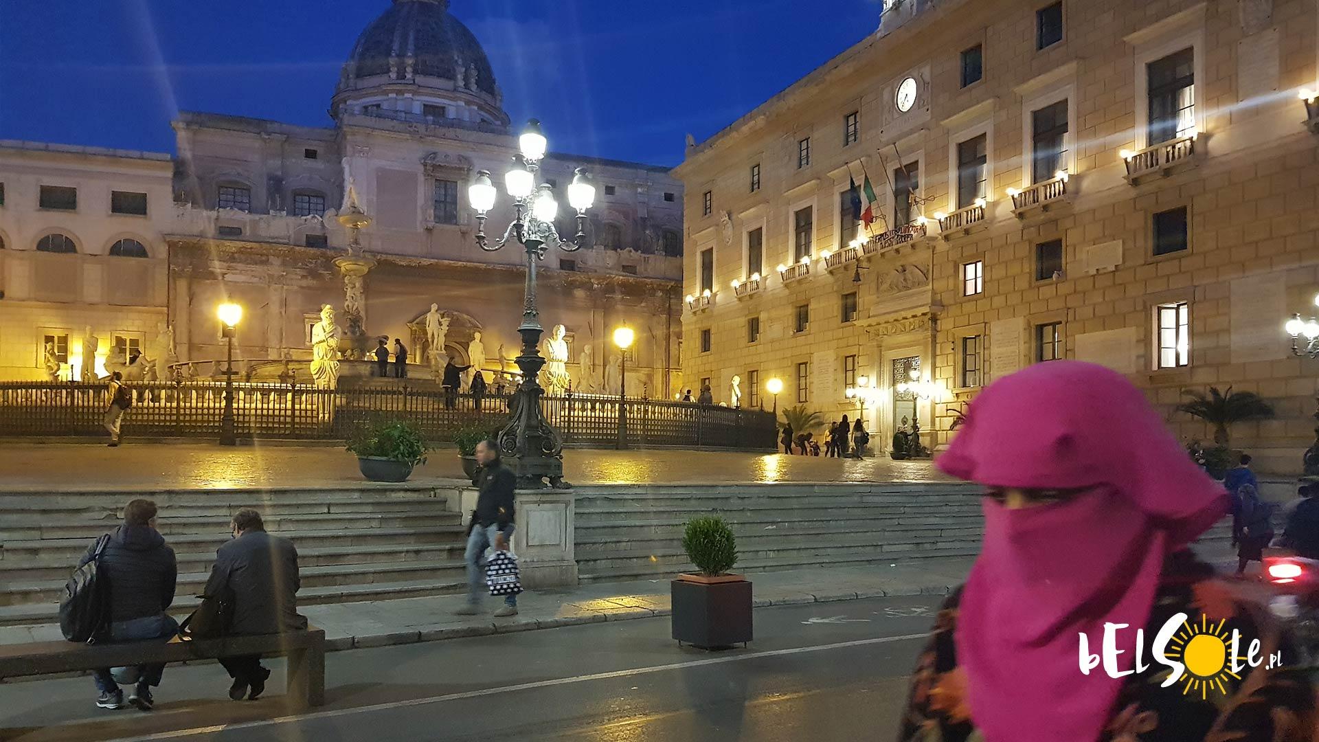 Fontanna Pretoria, Fontana Wstydu w Palermo