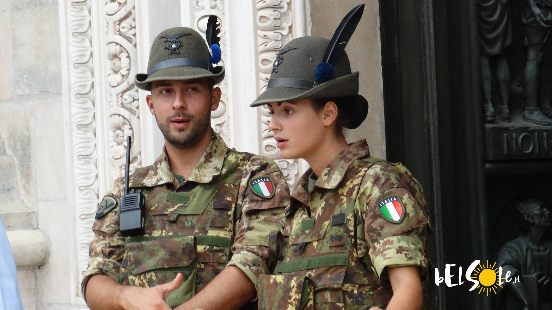 Mediolan_policja_armia_alpejska_carabinieri