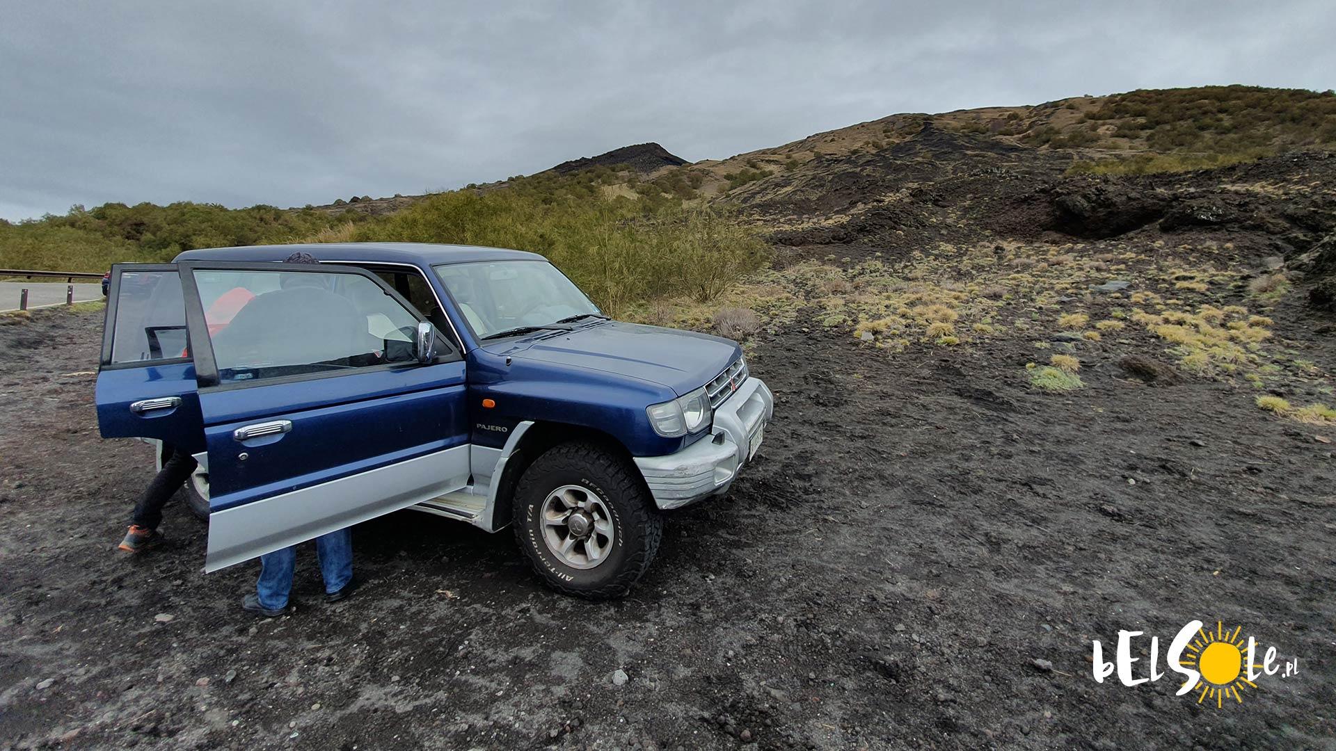 Wycieczki po Etnie samochodem terenowym