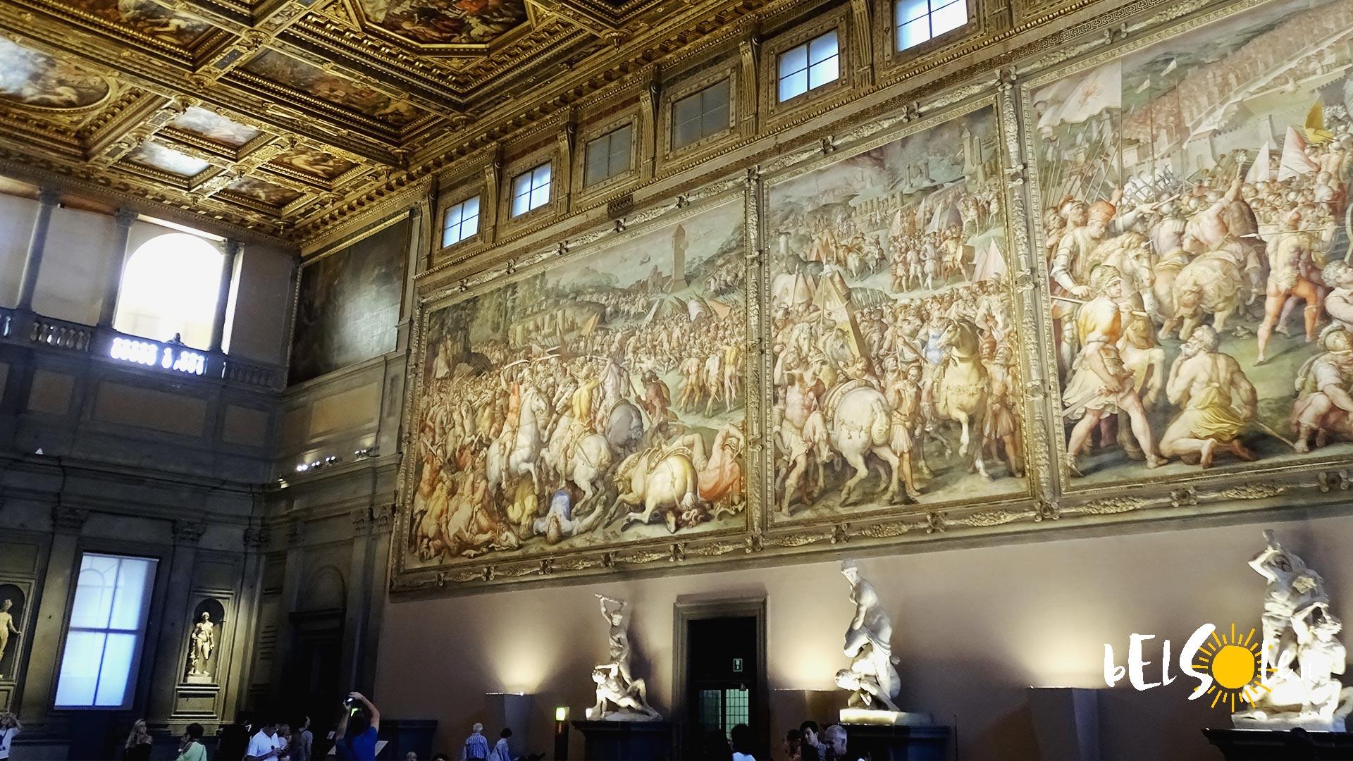 Wnętrza Pałacu.