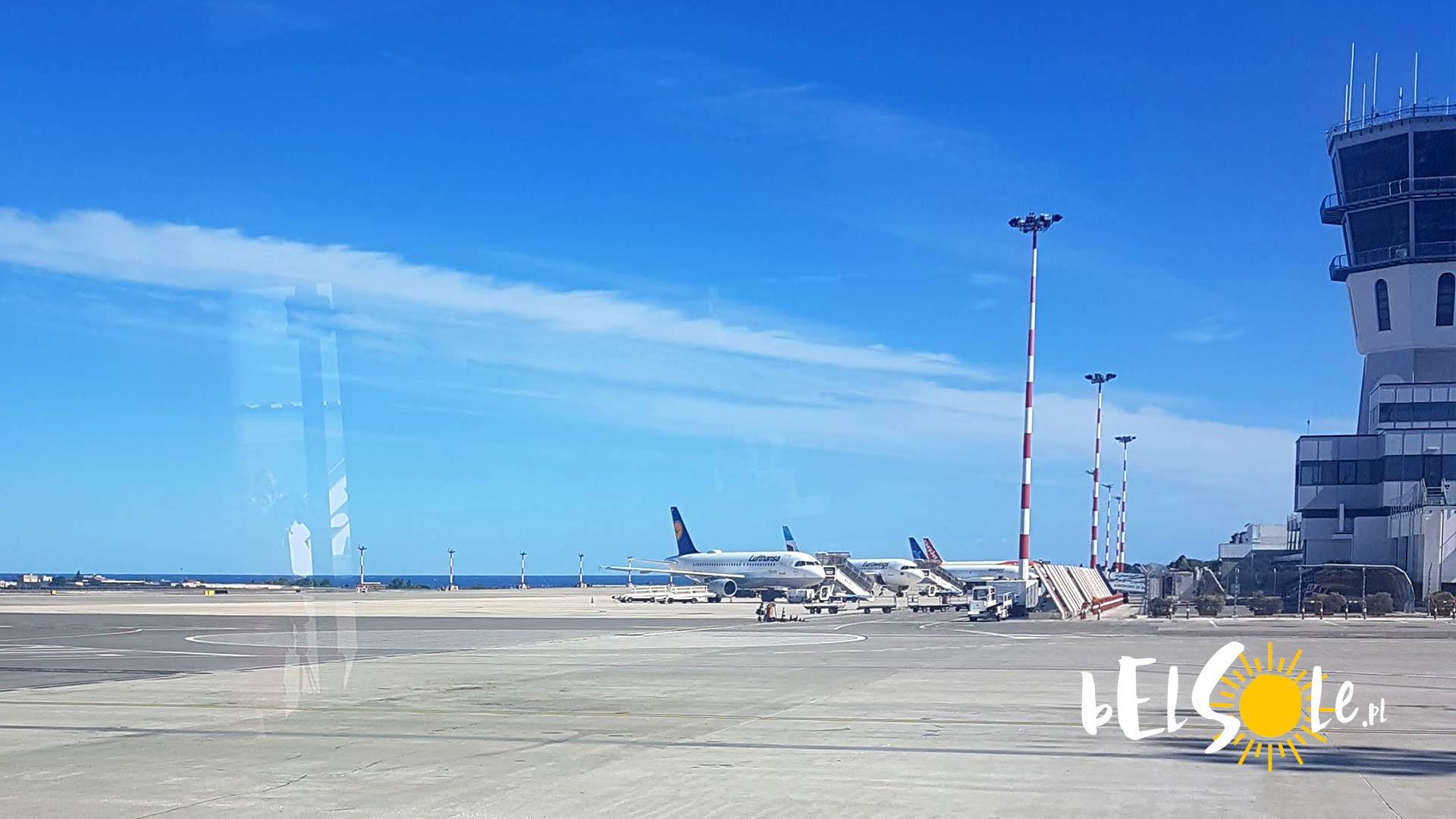 lotnisko bari dojazd