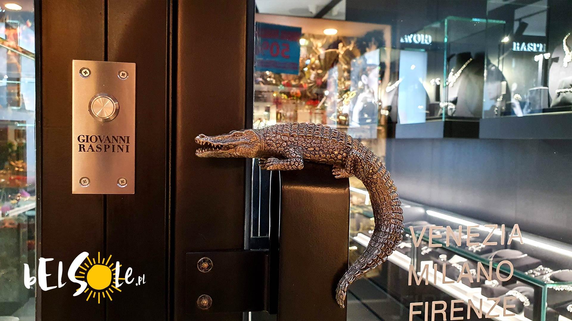 klamka w kształcie krokodyla
