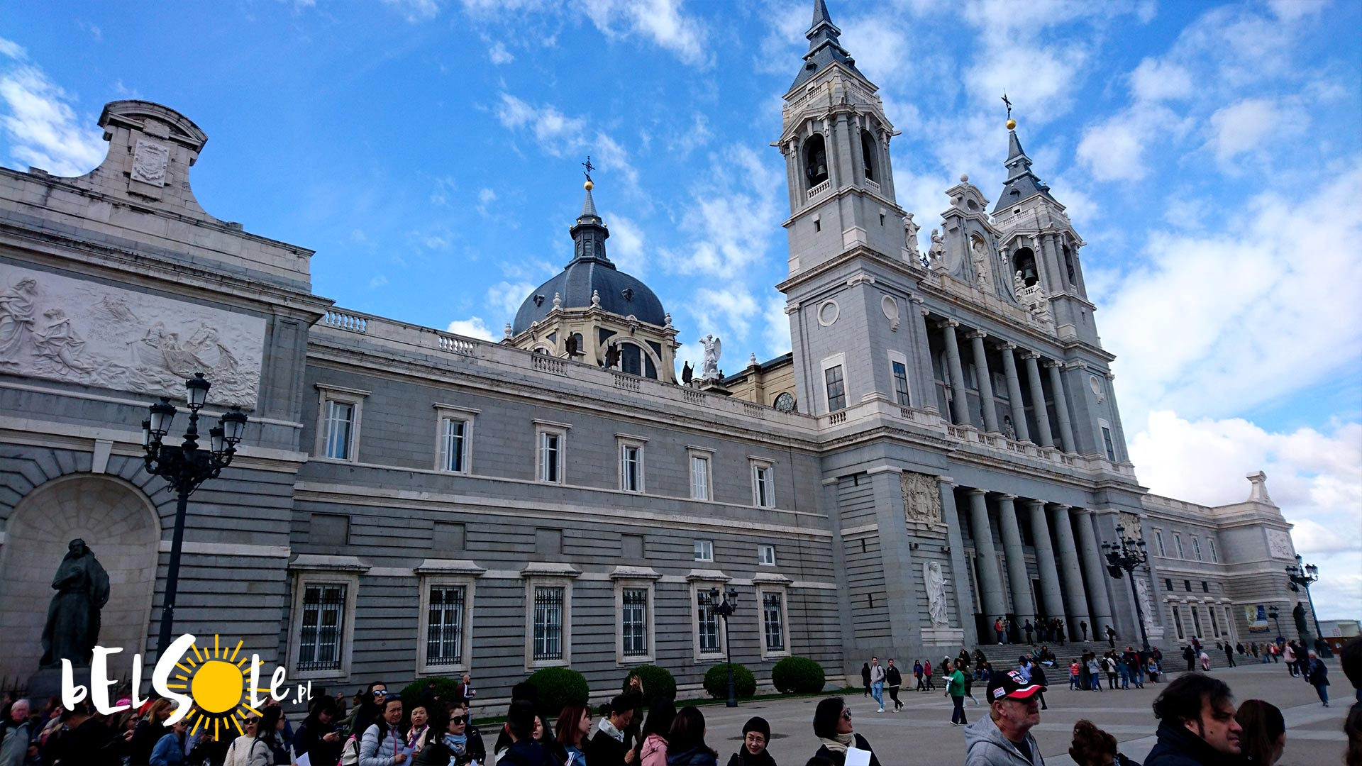 Katedra Madryt, Almudena